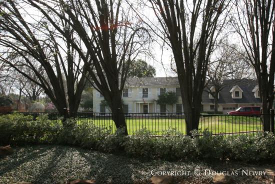 Estate Home in Preston Hollow - 9302 Alva Court