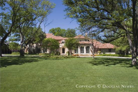 Estate Home in Preston Hollow - 5215 Deloache Avenue