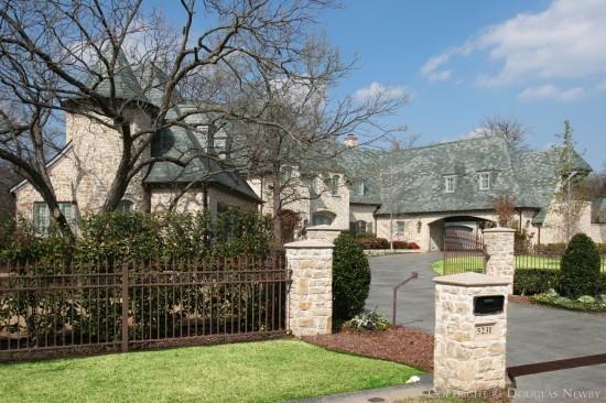 Estate Home in Preston Hollow - 5231 Deloache Avenue