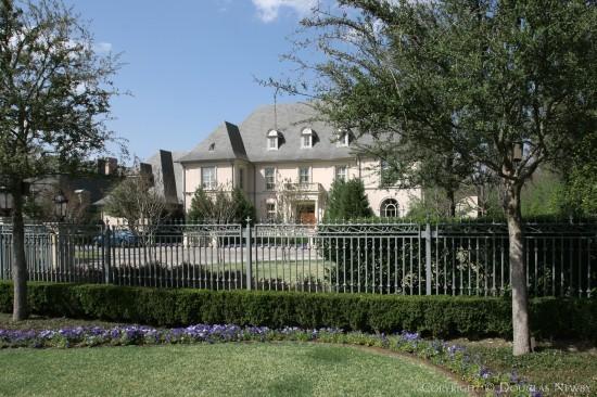 Estate Home in Preston Hollow - 4939 Brookview Drive