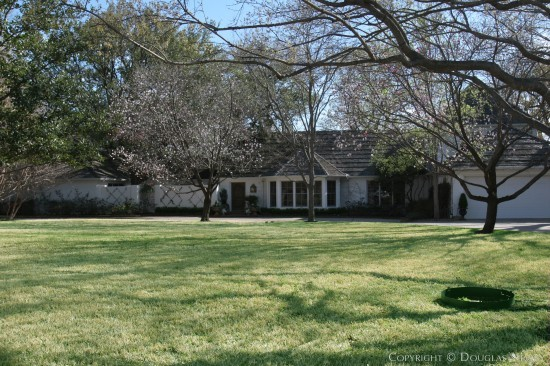 Estate Home in Preston Hollow - 5038 Brookview Drive