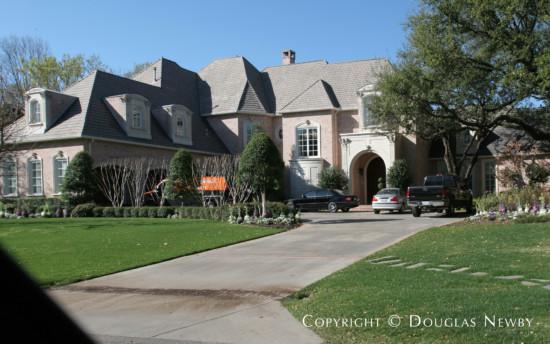 Estate Home in Preston Hollow - 9739 Rockbrook Drive
