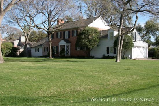 Estate Home in Preston Hollow - 5306 Falls Road
