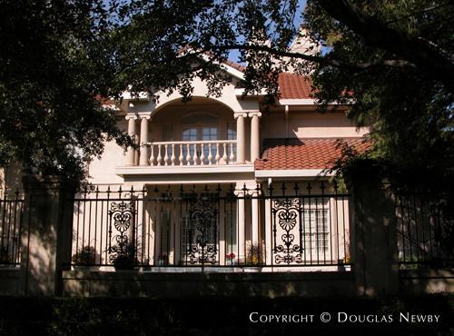 Estate Home in Preston Hollow - 9006 Douglas Avenue
