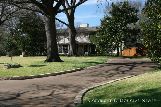 Estate Home in Preston Hollow - 5415 North Dentwood Drive