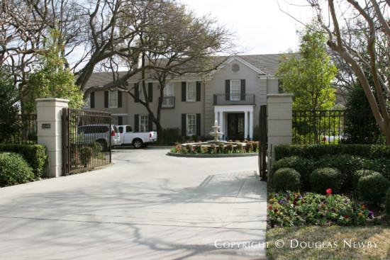 Estate Home in Preston Hollow - 5506 Deloache Avenue