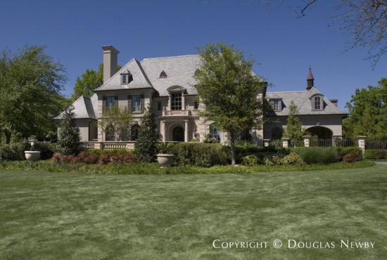 Estate Home in Preston Hollow - 5521 Deloache Avenue