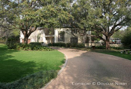 Estate Home in Preston Hollow - 9446 Hathaway Street