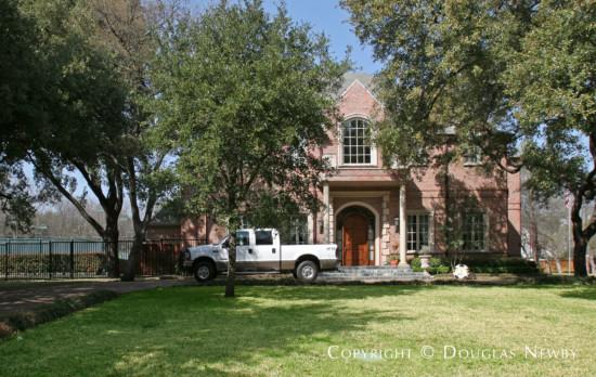 Residence in Preston Hollow - 4351 Lively Lane