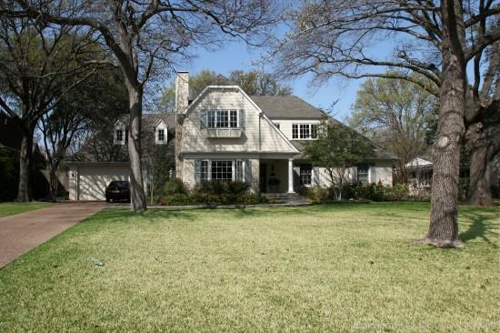 Home in Preston Hollow - 4415 Woodfin Drive