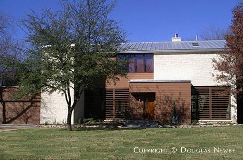 Home Designed by Architect Della Valle + Bernheimer - 4411 Pomona Road