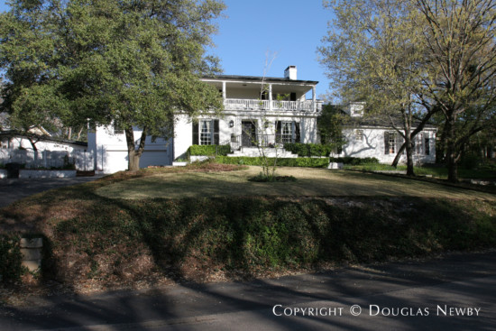 Real Estate in Bluffview Area - 4804 Alan Dale Lane