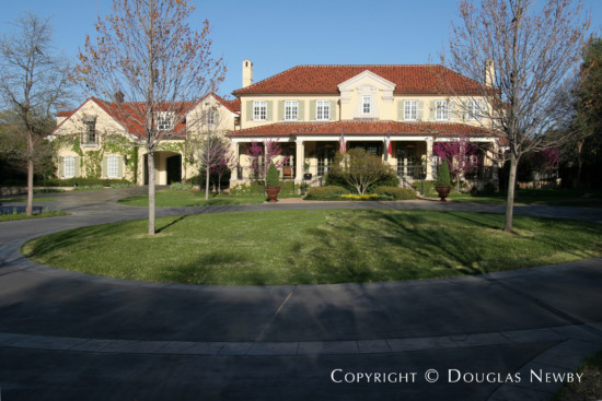 House in Bluffview Area - 4630 Cherokee Trail
