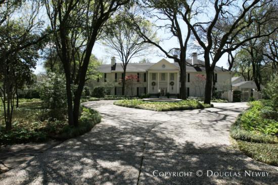 Estate Home in Bluffview Area - 4242 Cochran Chapel Road