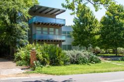 Peninsula Neighborhood Real Estate