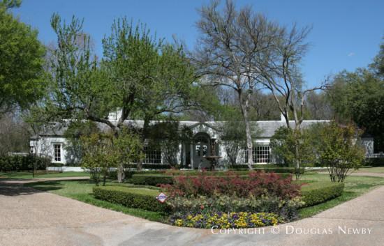 Estate Home in Bluffview Area - 4229 Cochran Chapel Road