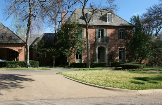 Estate Home in Preston Hollow - 5026 Lakehill Court