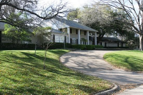 Estate Home in Preston Hollow - 5055 Lakehill Court