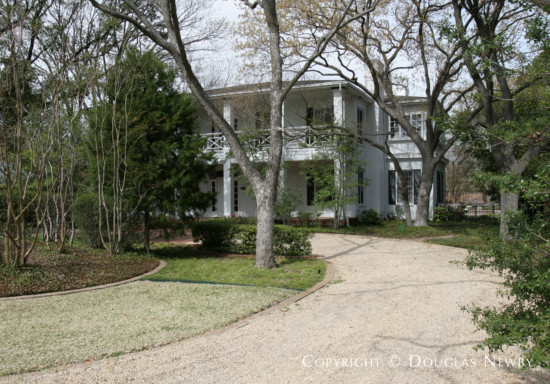 Home in Bluffview Area - 5231 Farquhar Lane