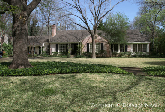 Home in Bluffview Area - 5321 Farquhar Lane