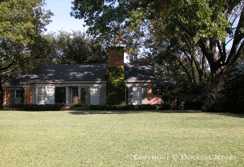 Estate Home Designed by Architect John Astin Perkins - 10010 Hollow Way Road