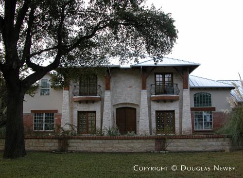 Residence in Preston Hollow - 4520 Kelsey Road