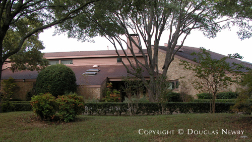 Home in Preston Hollow - 10333 Lennox Lane