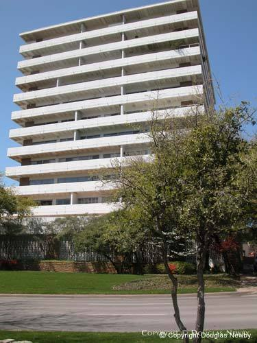 Modern Highrise Designed by Architect George Dahl - 3601 Turtle Creek Boulevard
