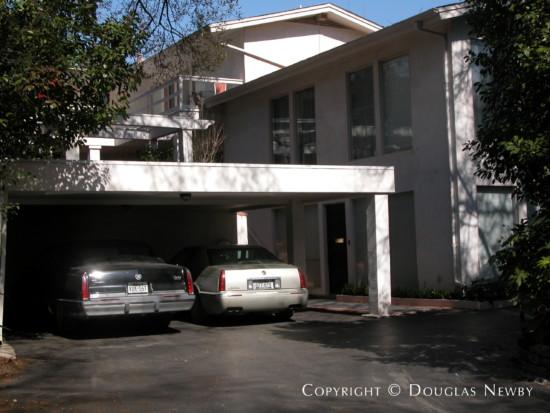 Residence in Turtle Creek Corridor - 4107 Rock Creek Drive