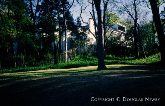 Residence in Turtle Creek Corridor - 3514 Arrowhead Drive