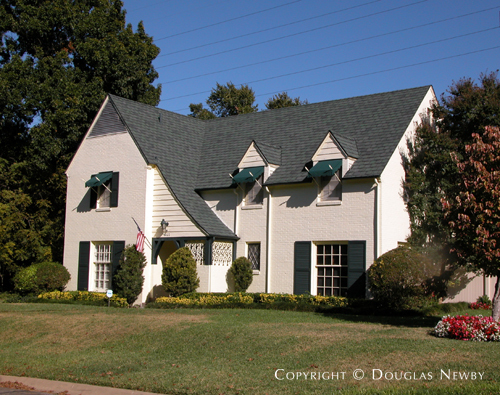 Residence in Turtle Creek Corridor - 4022 Stonebridge Drive