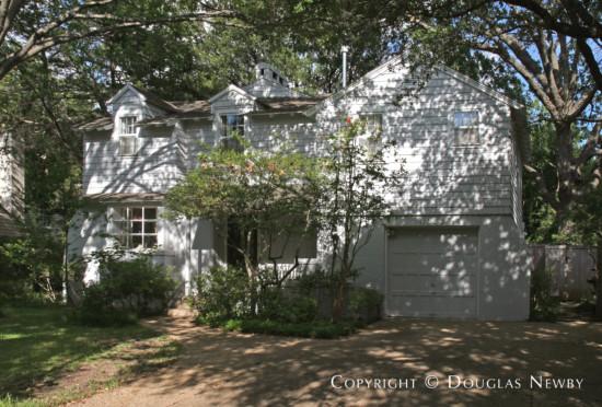 Residence in Turtle Creek Corridor - 4014 Stonebridge Drive