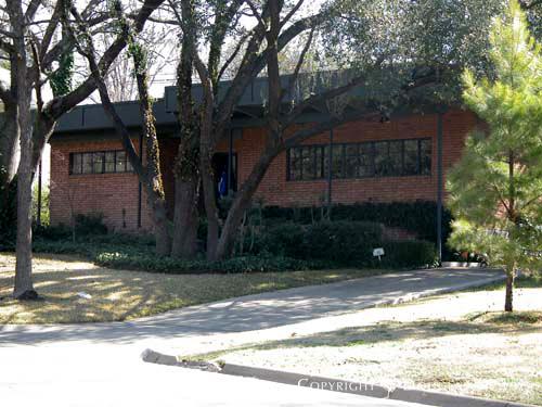 House in Turtle Creek Corridor - 4115 Stonebridge Drive