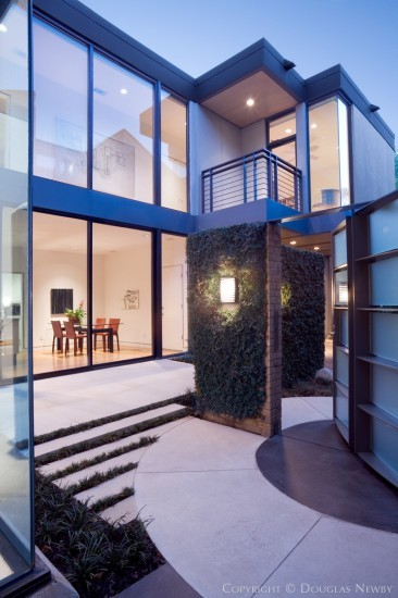 Modern House Designed by Architect Bentley Tibbs - 2714 Turtle Creek Circle