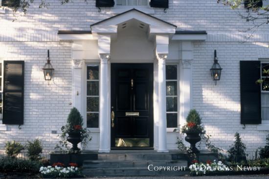 Residence in Turtle Creek Corridor - 3616 Armstrong Avenue