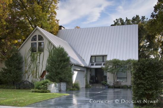 Modern Home Designed by Architect Michael Malone - 3704 Cragmont Avenue