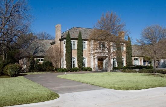 Residence in University Park - 7001 Baltimore Drive