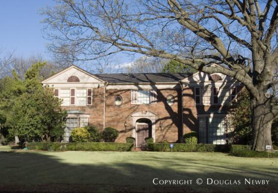 Residence Designed by Architect Hal O. Yoakum - 6900 Baltimore Drive
