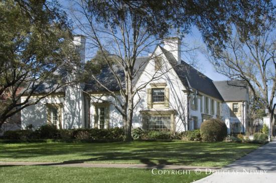 Home in University Park - 7037 Turtle Creek Boulevard