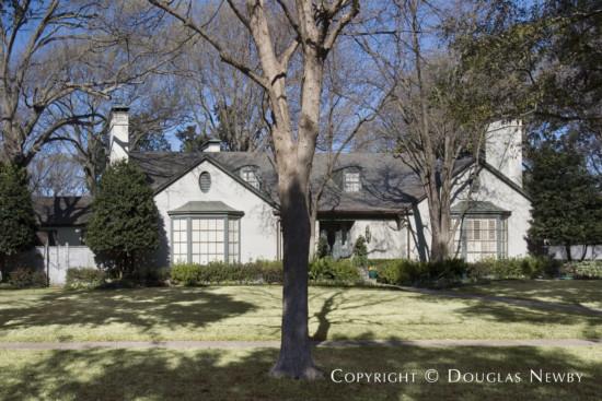 Residence in University Park - 6901 Turtle Creek Boulevard