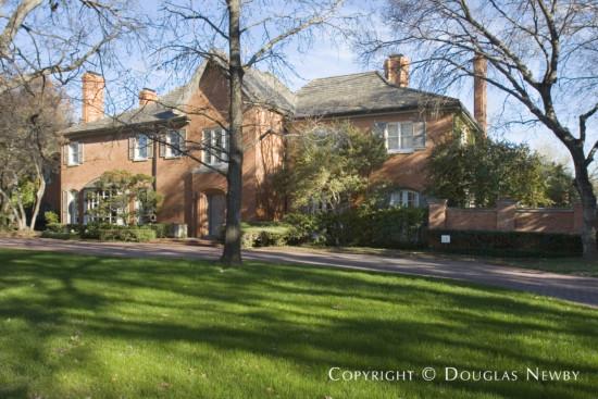 Residence in University Park - 6767 Turtle Creek Boulevard