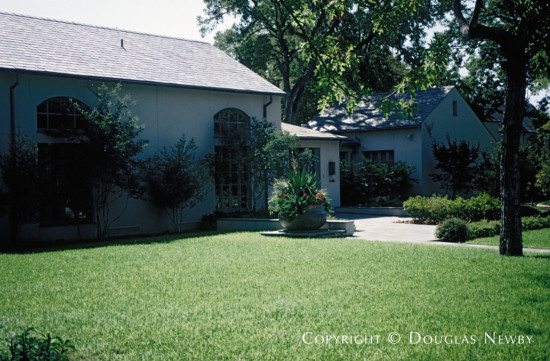 Real Estate Designed by Architect Landry & Landry - 7028 Turtle Creek Boulevard