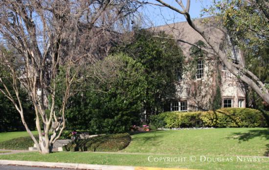 Residence in University Park - 6500 Turtle Creek Boulevard