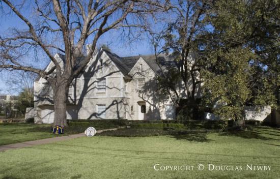 Home in University Park - 7022 Hunters Glen Road