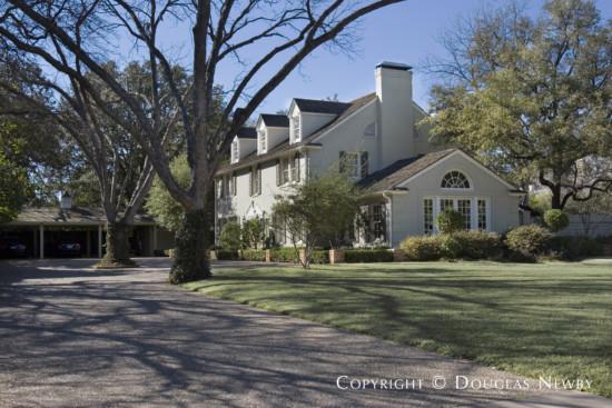 Real Estate in University Park - 6809 Hunters Glen Road