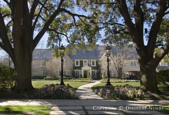 Estate Home in University Park - 6767 Hunters Glen Road