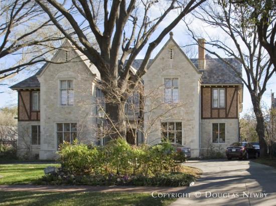 Estate Home in University Park - 4033 Grassmere Lane