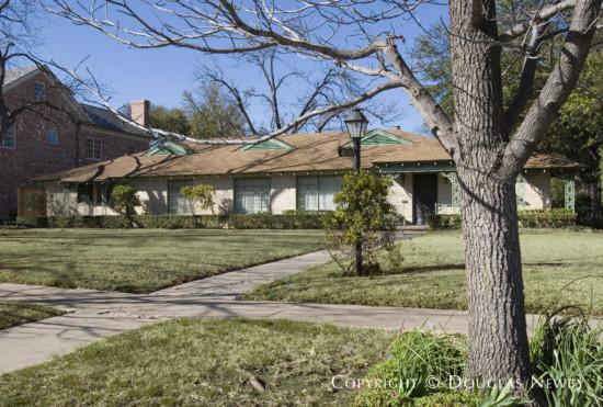 Residence in University Park - 4032 Druid Lane