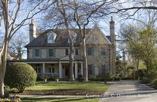 House in University Park - 3925 Glenwick Lane