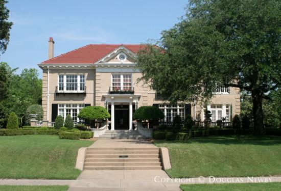 Residence in Swiss Avenue - 5323 Swiss Avenue